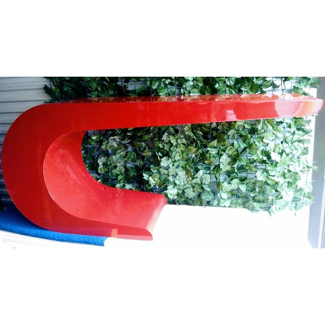 Resin Vintage Karl Springer Cantilevered Red Lacquered Modern Wave Check Console Table For Sale - Image 7 of 9