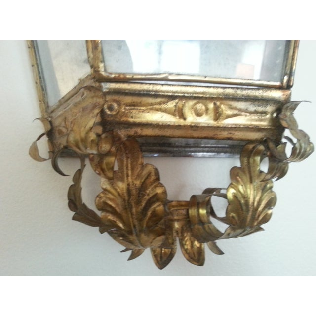 Venetian Style Gilt Tole and Glass Wall Lantern For Sale In Detroit - Image 6 of 10