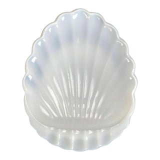 Early 20th Century Antique Milk Glass Shell Dish For Sale