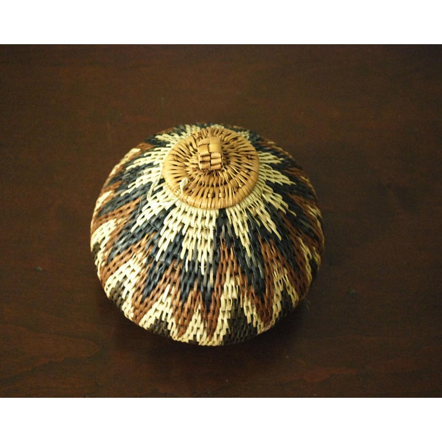 African Vintage Zulu Seed Basket For Sale - Image 3 of 8
