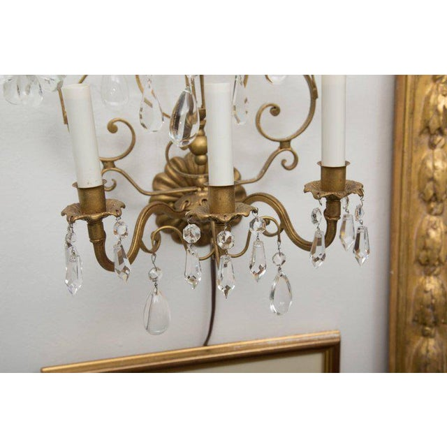1950s Pair of Italian Gilt Metal and Crystal Electrified Sconces For Sale - Image 5 of 9