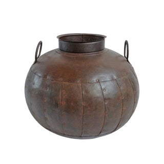 Iron Rivet Pot For Sale