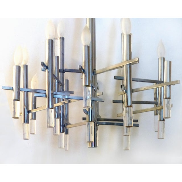 Gaetano Sciolari 1970s Italian Modernist Chrome & Lucite Chandelier by Gaetano Sciolari For Sale - Image 4 of 9