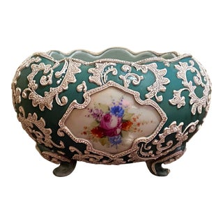 19th Century Japanese Hand-Painted Moriage Bowl/Vase For Sale