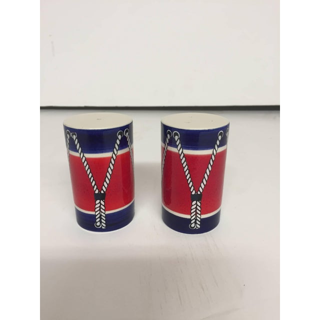 Mid-Century Modern Red White and Blue Mancioli Drum Motiffe Dinnerware For Sale - Image 3 of 11