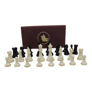 Vintage Chess Set in Vegan Leather Box - Set of 32 For Sale