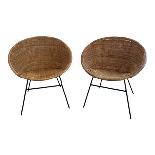 1970s French Wicker Basket Chairs - a Pair For Sale