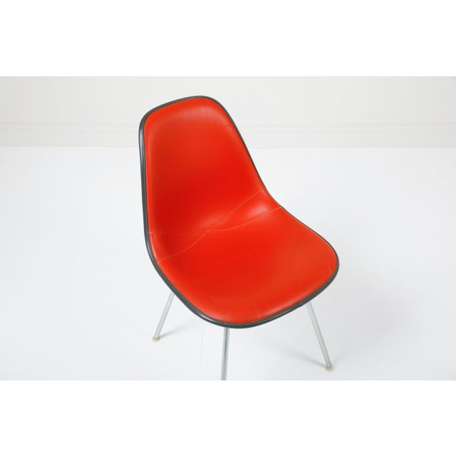 1970s 1970s Vintage Herman Miller Eames Dsx Fiberglass Padded Shell Chairs- Set of 4 For Sale - Image 5 of 11