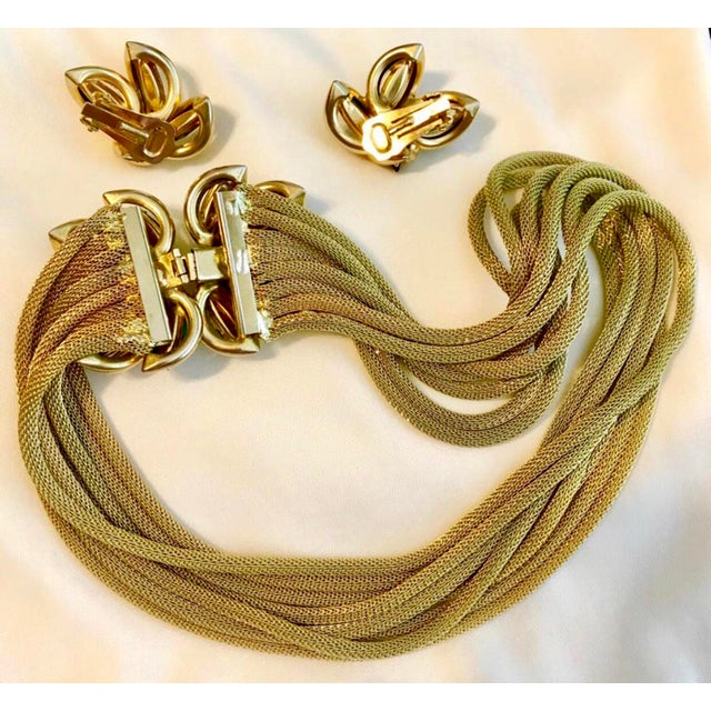 1960s Green and Topaz-Yellow Marquis Torsade Necklace and Earring Set For Sale In Los Angeles - Image 6 of 7