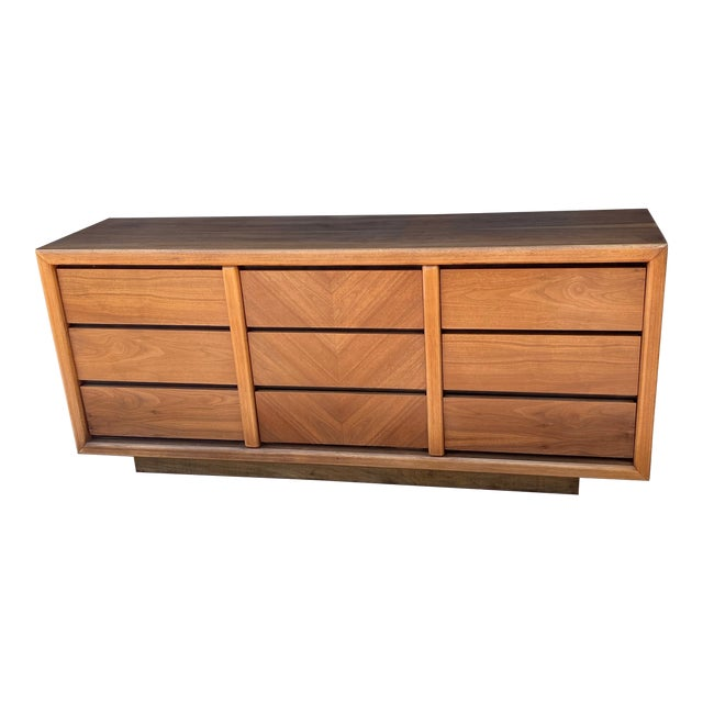 MCM Lane 9-Drawer Dresser With Chevron Drawers For Sale