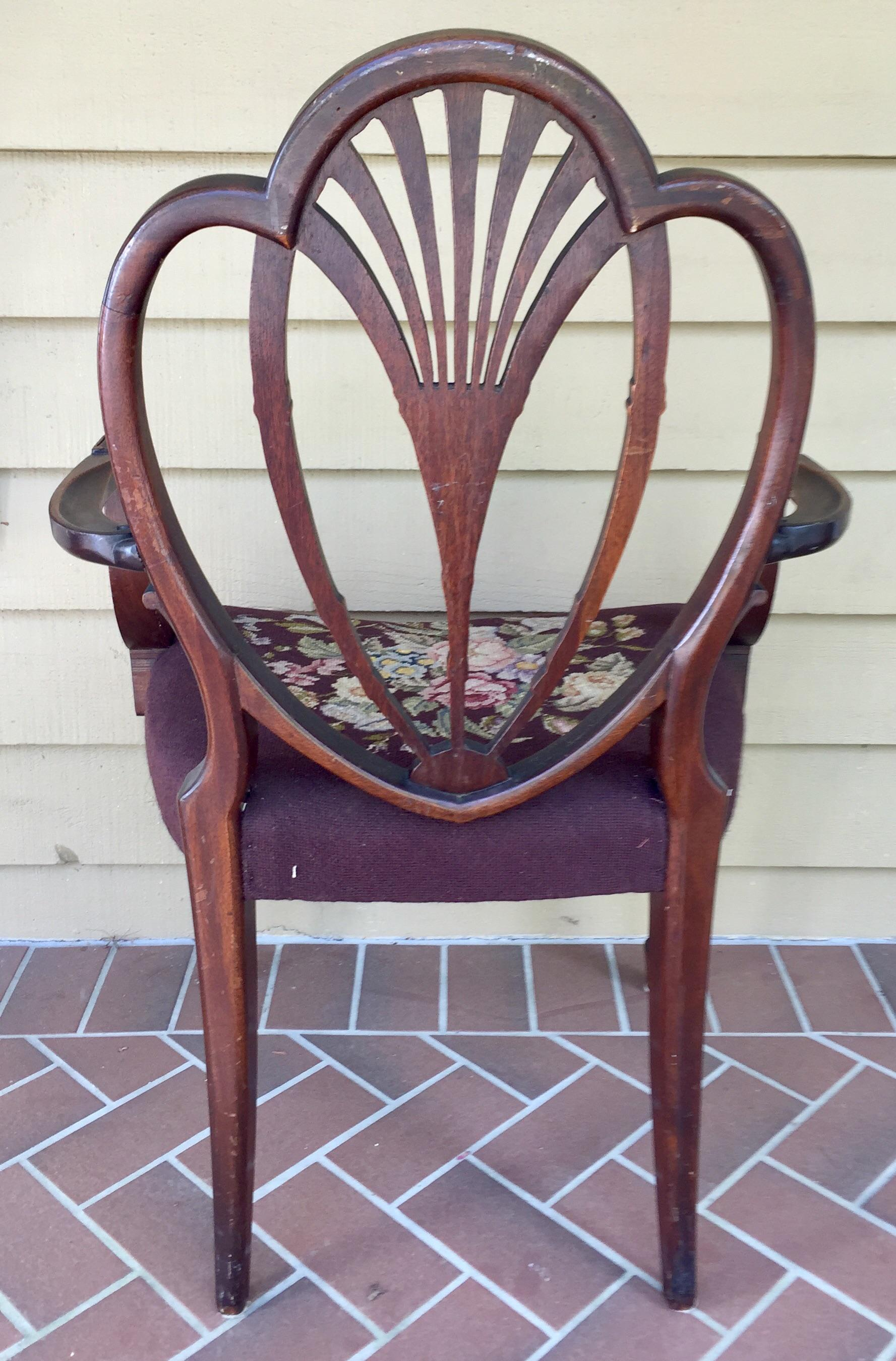 Hepplewhite Hepplewhite Heart Back Chairs   A Pair For Sale   Image 3 Of 11