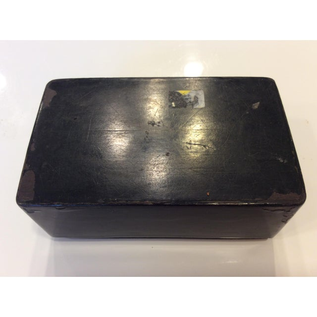 Chinoiserie 19th Century Antique Black Lacquer Chinoiserie Money Box With Key For Sale - Image 3 of 7