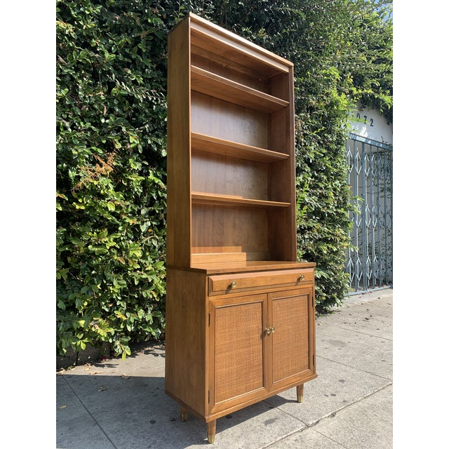 Mid Century Modern Display Shelf Cabinet For Sale - Image 10 of 10
