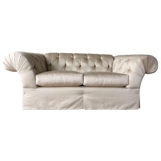 Mike Traditional Tufted Loveseat