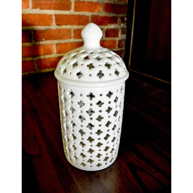 White Modern Classic Porcelain Ginger Jar For Sale - Image 8 of 8