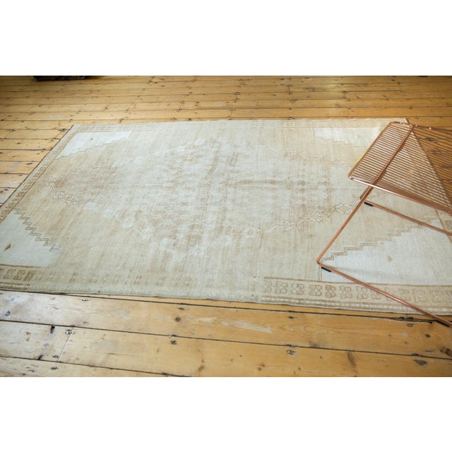 "Vintage Distressed Oushak Rug - 4'10"" X 7'8"" For Sale - Image 9 of 12"