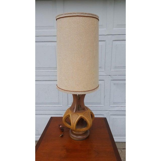 Plasto Mfg Co. Mid-Century Danish Chalkware & Walnut Table Lamp For Sale - Image 9 of 10
