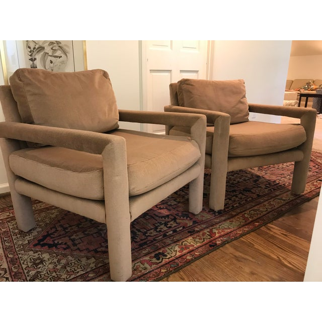 Brown Vintage Drexel Heritage Parson Chairs - a Pair For Sale - Image 8 of 8