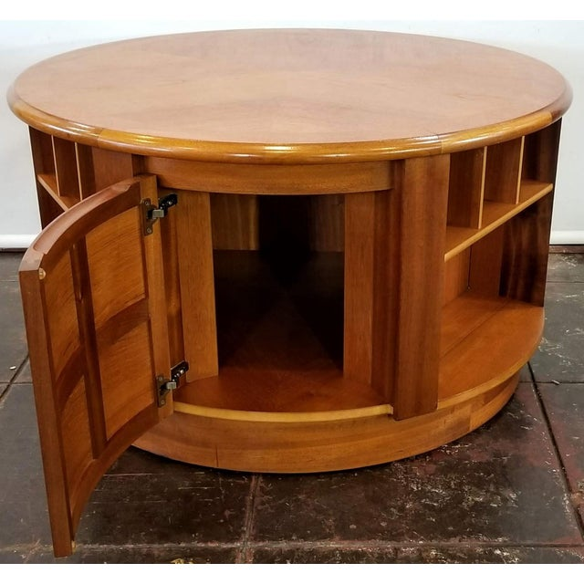Mid Century Modern Man Cave /Bookcase/Bar / Storage Coffee Table By: Nathan For Sale - Image 10 of 13