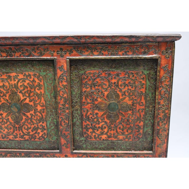 1920s Tibetan Wooden Chest For Sale - Image 4 of 6