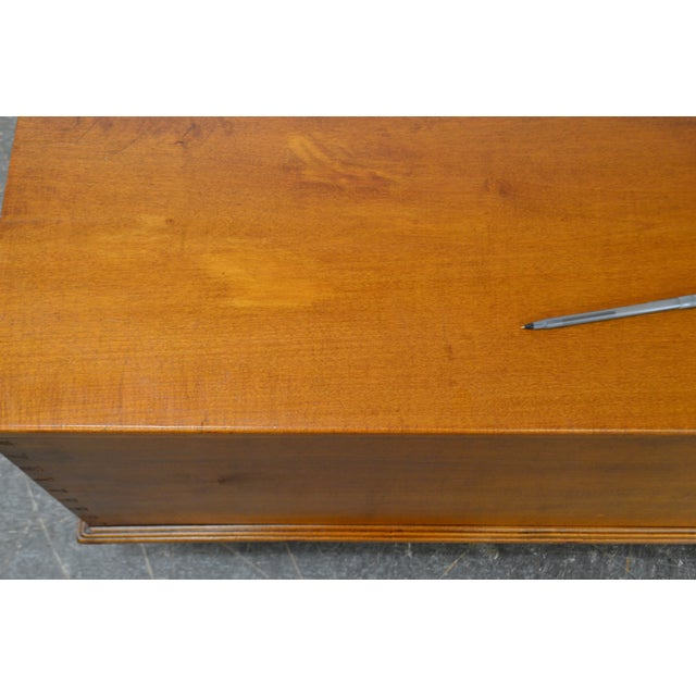 Country Antique 19th Century Poplar Dovetailed Lidded Chest Wood Box For Sale - Image 10 of 12