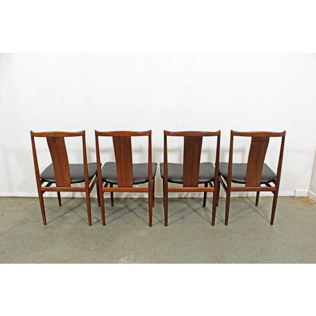 Set of 4 Mid-Century Modern Folke Ohlsson Style Teak Dining Chairs For Sale In Philadelphia - Image 6 of 13