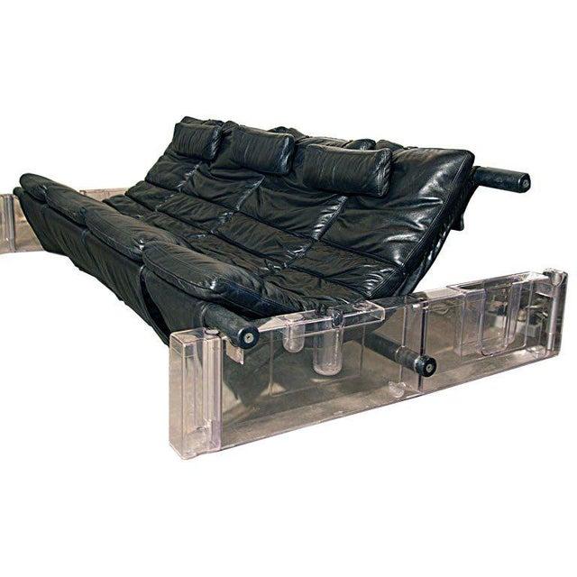 "Vittorio Mazzucconi ""Positiv"" Plexi and Leather Sofa For Sale - Image 11 of 11"