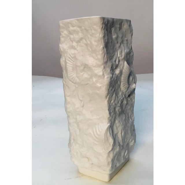 Mid-Century Modern 1970s Vintage Bisque Fossil Vase by Kaiser Porcelain For Sale - Image 3 of 9