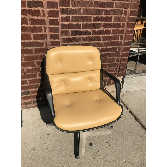 Tan Mid Century Modern Steelcase Tan Leather Swivel Office Chair Newly Upholstered For Sale - Image 8 of 8