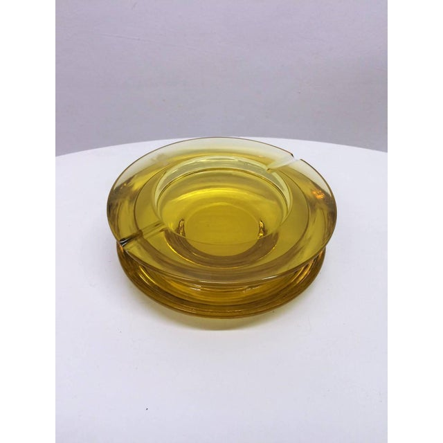 Mid-Century Modern Seguso Yellow Tinted Glass Ashtray For Sale - Image 3 of 4