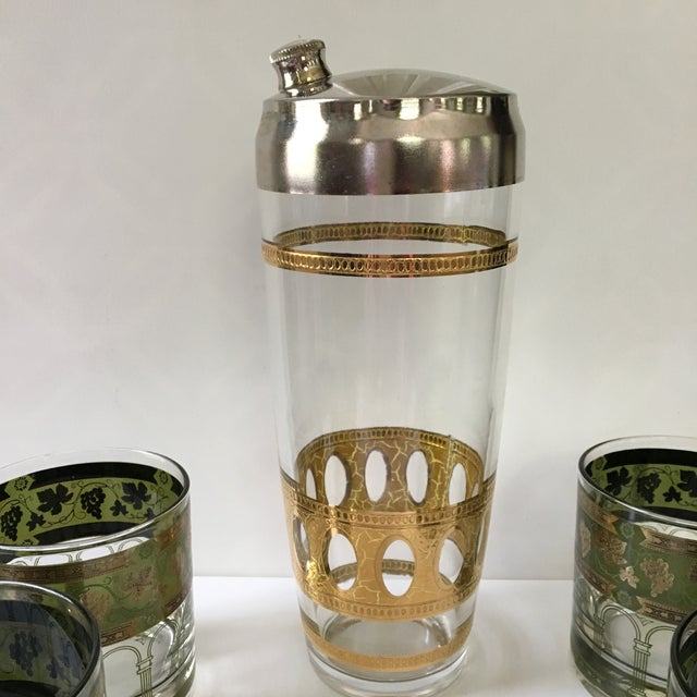 Art Deco 1960's Art Deco Martini Shaker with Double Old Fashioned Glasses - 5 Pieces For Sale - Image 3 of 9