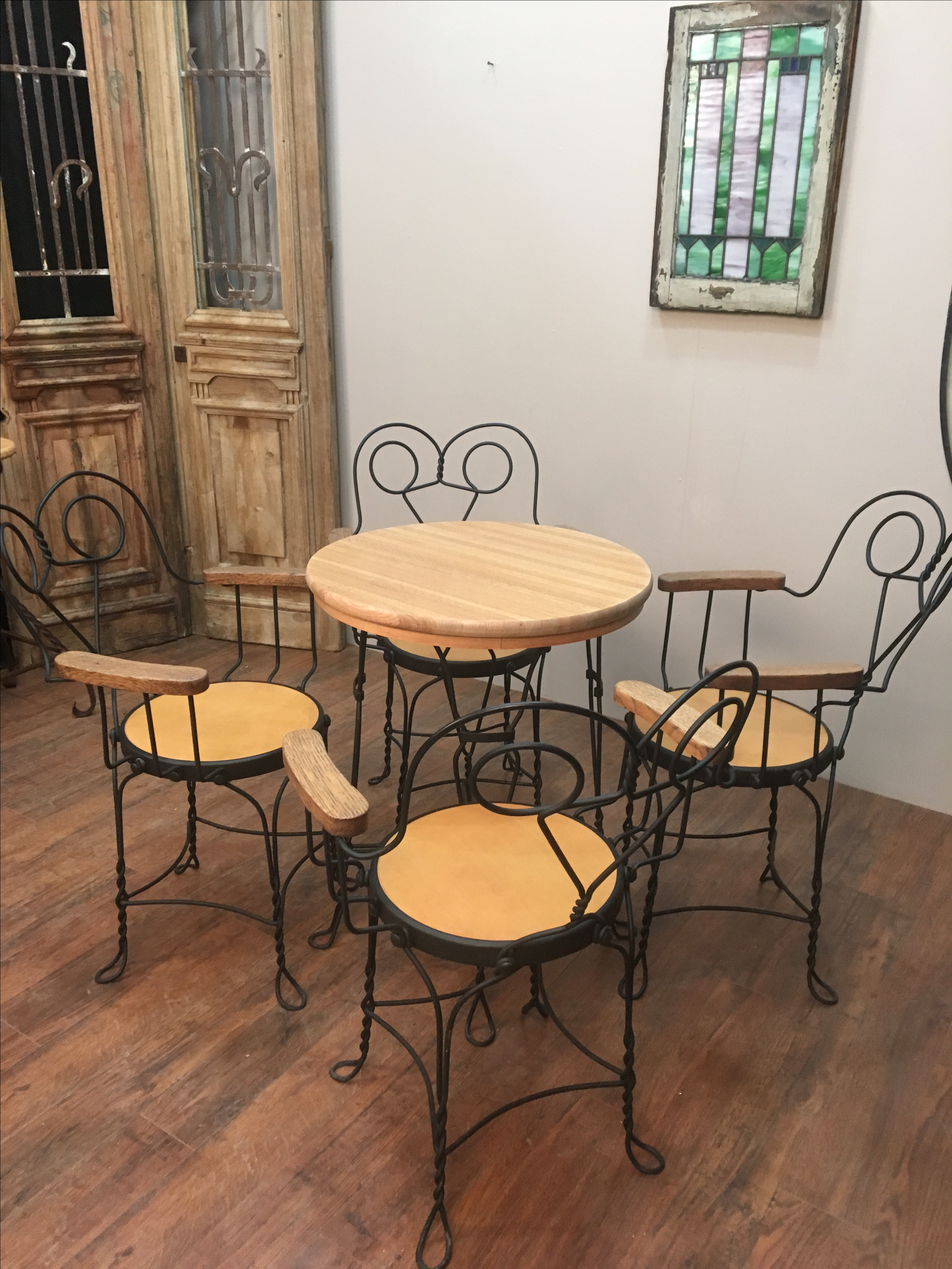 Lovely Vintage Ice Cream Parlor/cafe Set With Wire Legs And Oak Trim, Top