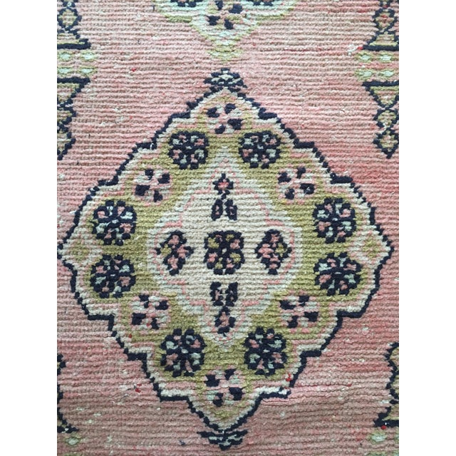 1950s Vintage Turkish Oushak Pink Faded Tribal Boho Runner Rug 2'6'' X 9'7'' For Sale - Image 5 of 11