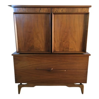 Vintage Mid Century Modern Highboy dresser.