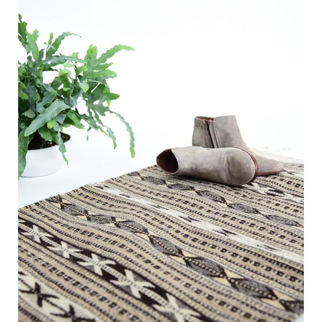 Grey Handwoven Oaxaca Wool Rug - 2′ × 3′ - Image 3 of 4