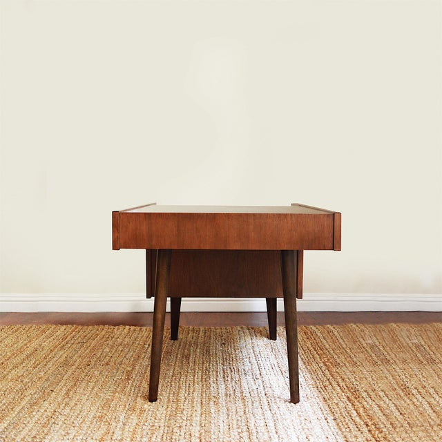 1950s Vintage Milo Baughman Side Tables for Glenn of California- Set of 2 For Sale - Image 5 of 7