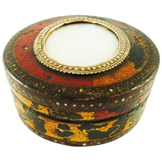Antique Vernis Martin Snuff Box With Mother of Pearl For Sale