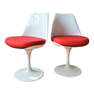 """Rudi Bonzanini Tulip Chairs by With New Knoll Hourglass Fabric in """"Sizzle Red"""" - a Pair For Sale"""