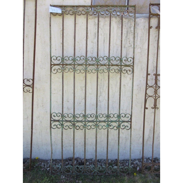Antique Victorian Iron Gate For Sale In Philadelphia - Image 6 of 6