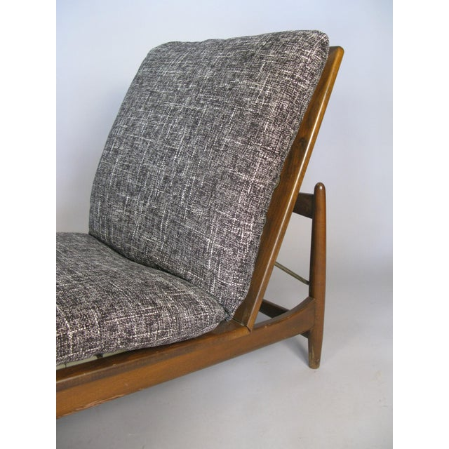 Mid-Century Modern 1960s Vintage Danish Adjustable Chaise Lounge by Ib Kofod-Larsen For Sale - Image 3 of 10