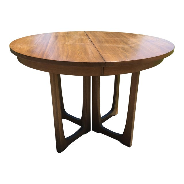 Broyhill Emphasis Mid Century Dining Room Table For Sale