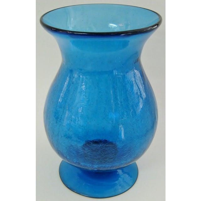 Peacock Glass Urn Vase - Image 3 of 4