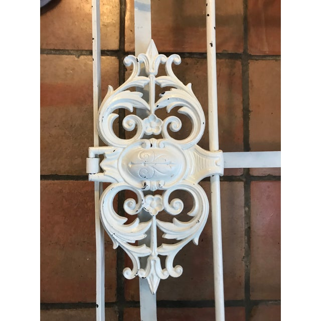 1900 - 1909 French Antique White Iron Daybed For Sale - Image 5 of 10