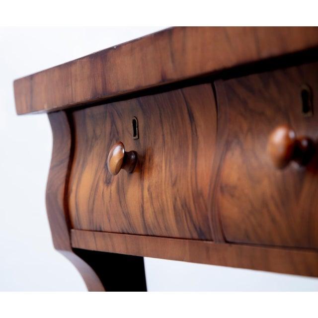 Wood 1903 Marvel Bevelled Three Mirror Oak Vanity For Sale - Image 7 of 13