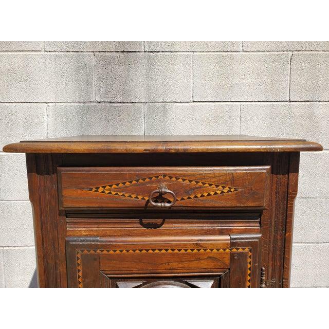 Brown Antique 19th Century Small Bonnetiere For Sale - Image 8 of 12