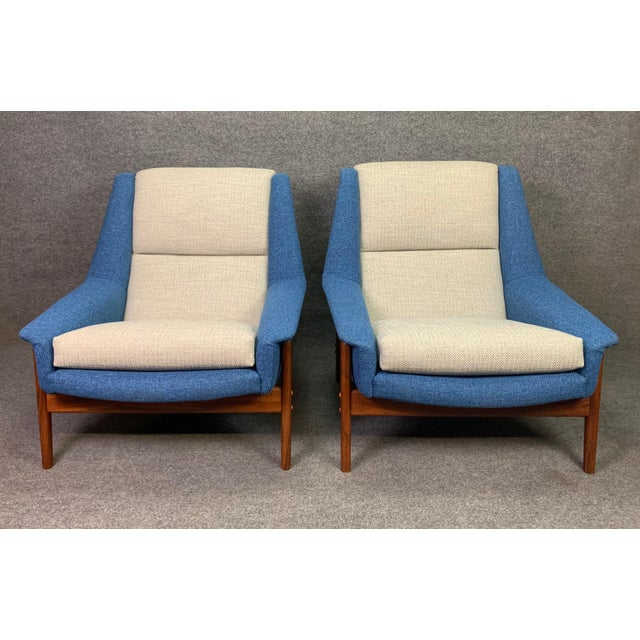 "Mid-Century Modern Pair of Vintage Scandinavian Modern Teak ""Profil"" Lounge Chairs by Folke Ohlsson for Dux of Sweden. For Sale - Image 3 of 11"