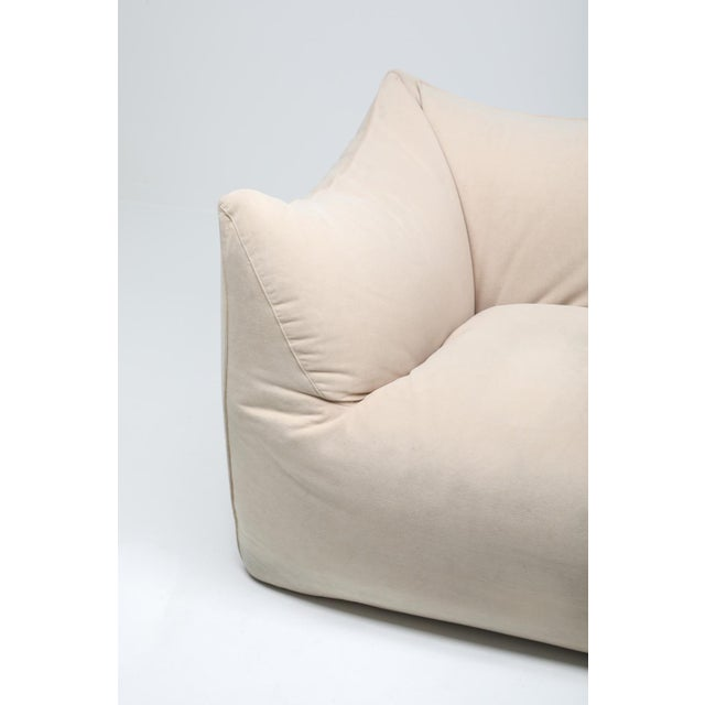 "1970s Mario Bellini ""Le Bambole"" Two-Seat Couch in Alcantara For Sale - Image 10 of 11"