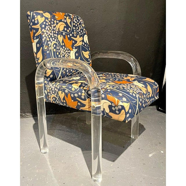 Mid-Century Modern Set of Four Chairs, Tubular Lucite Frames For Sale In New York - Image 6 of 13