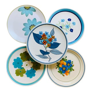 Mismatched 1960's Blue Floral Dinner Plates - Set of 5 For Sale