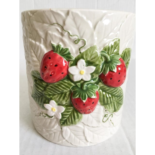 Strawberry Relief Ceramic Cachepot - Image 3 of 7